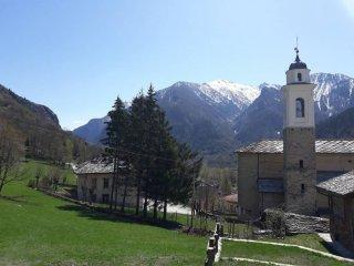 Foto 1 di Attico / Mansarda Borgata Borgo Villa 67, Acceglio