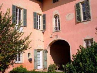 Foto 1 di Palazzo / Stabile strada Bardassano 58, Sciolze