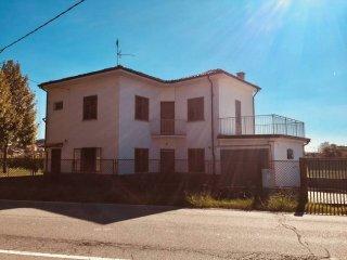 Foto 1 di Villa via Montalenghe, Romano Canavese