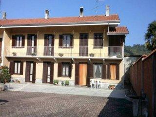 Foto 1 di Casa indipendente via della Chiesa 49, Villareggia