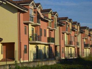 Foto 1 di Quadrilocale strada Carignano , 56, La Loggia