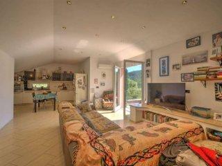 Foto 1 di Villa via baratta, snc, Calice Ligure