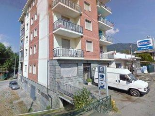 Foto 1 di Bilocale Via Roma, 48, Paesana