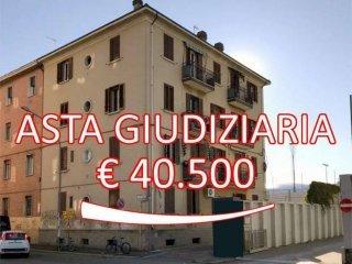 Foto 1 di Quadrilocale via Sebastiano Serlio, 31, Bologna (zona Bolognina)