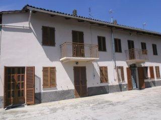 Foto 1 di Appartamento Cortiglione