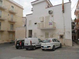 Foto 1 di Quadrilocale via Damiano Chiesa 2, Vieste