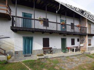 Foto 1 di Rustico / Casale via Comba 27, Bagnolo Piemonte