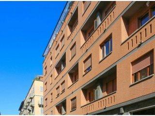 Foto 1 di Quadrilocale via Saluzzo  91, Torino (zona Valentino, Italia 61, Nizza Millefonti)