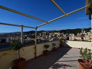 Foto 1 di Trilocale via San Martino, Genova (zona S.Fruttuoso-Borgoratti-S.Martino)