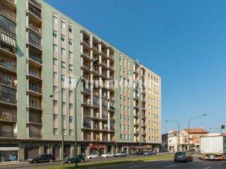 Foto 1 di Bilocale via Via De Sanctis  56, Torino (zona Parella, Pozzo Strada)