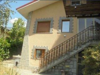 Foto 1 di Casa indipendente borgata TILLI STRADA STATALE 306, Challand Saint Anselme