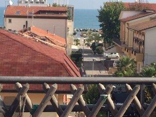 Foto 1 di Attico / Mansarda viale Brava 3, Rimini