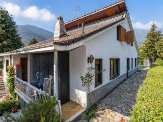 Foto 1 di Villa via Chiaberge 86, Val Della Torre