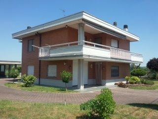 Foto 1 di Villa Tigliole