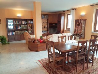 Foto 1 di Appartamento VIA SILVIO PELLICO, Rondissone