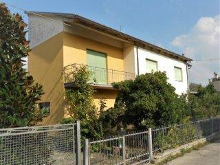 Foto 1 di Villa Via Fornaci, Meldola