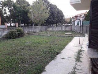 Foto 1 di Trilocale Largo Petrerca, Cavallermaggiore