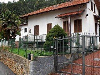 Foto 1 di Casa indipendente via San Rocco, 33, Vallo Torinese