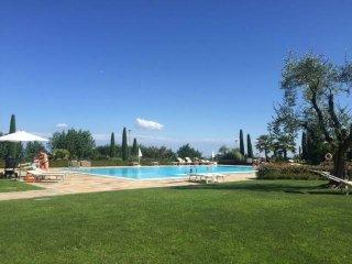 Foto 1 di Trilocale via Borgo Alto, Puegnago Sul Garda