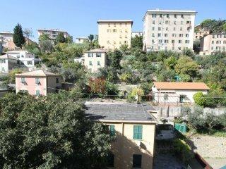 Foto 1 di Appartamento via A. Cei, Genova (zona San Martino)