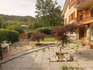 Foto 1 di Quadrilocale Località Porcarezze 16, Torriglia
