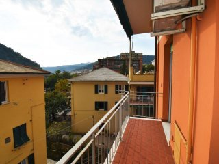 Foto 1 di Bilocale via Molassana, Genova (zona Valbisagno (Prato-Molassana-Struppa-S.Gottardo-S.Eusebio))