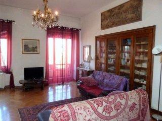 Foto 1 di Appartamento via Bidone, Torino (zona San Salvario)