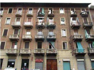 Foto 1 di Bilocale corso Vercelli, 138 bis, Torino (zona Barriera Milano, Falchera, Barca-Bertolla)