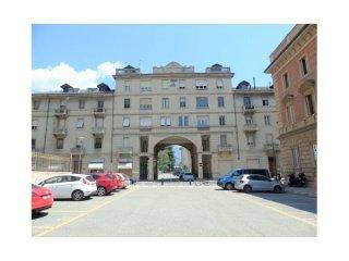 Foto 1 di Appartamento Via Cerise, Aosta