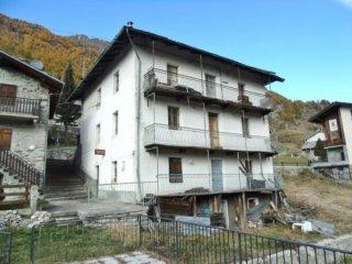 Foto 1 di Casa indipendente Bionaz