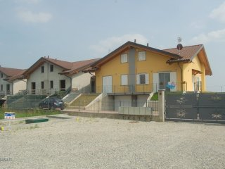 Foto 1 di Villetta a schiera Feletto