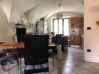 Foto 1 di Casa indipendente Via Umberto I, Robilante