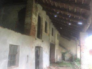Foto 1 di Rustico / Casale Via Torre Frati, Cuneo
