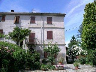 Foto 1 di Casa indipendente Via Roma1, Camino