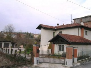 Foto 1 di Villa Ozzano Monferrato