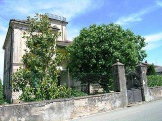 Foto 1 di Villa Via Roma1, Altavilla Monferrato