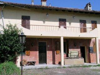 Foto 1 di Casa indipendente Mombello Monferrato