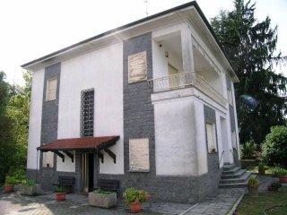 Foto 1 di Villa Via Roma1, Serralunga Di Crea
