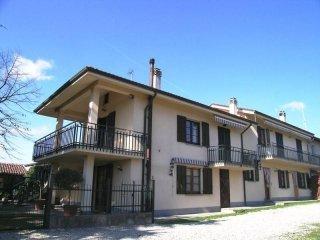 Foto 1 di Casa indipendente Altavilla Monferrato