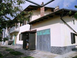 Foto 1 di Casa indipendente Strada Delle Are, Alfiano Natta