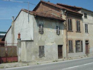 Foto 1 di Palazzo / Stabile Villafranca D'asti
