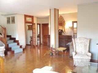 Foto 1 di Appartamento Canelli