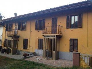 Foto 1 di Rustico / Casale Castelnuovo Belbo