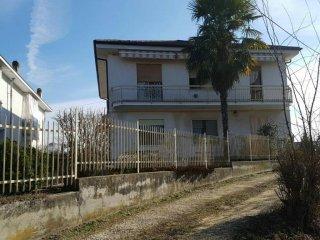 Foto 1 di Appartamento Castelnuovo Don Bosco