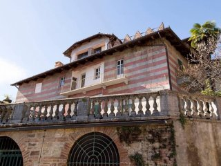 Foto 1 di Palazzo / Stabile Via San Rocco, Castelnuovo Don Bosco