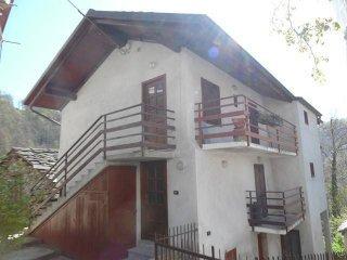 Foto 1 di Casa indipendente Frazione  Vernai, Viù