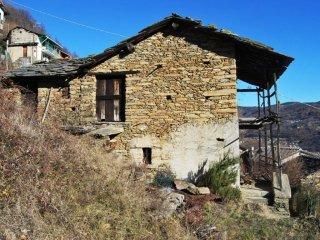 Foto 1 di Rustico / Casale Borgata Ganassoni, San Germano Chisone