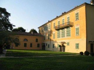 Foto 1 di Casa indipendente via CORTE 3, Costigliole D'asti