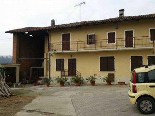Foto 1 di Casa indipendente via DELLA ROCCA 3, Cerreto D'asti