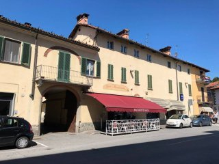 Foto 1 di Appartamento Piazza Umberto I, Caramagna Piemonte